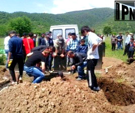 duisi - reburial of three fighters 2013-05-16