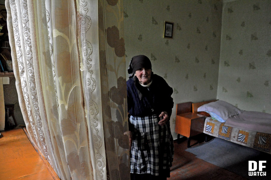 Valentina Sajaia, 90, lives in Sanatorium with her grandchildren for last 20 years (DF Watch photo)
