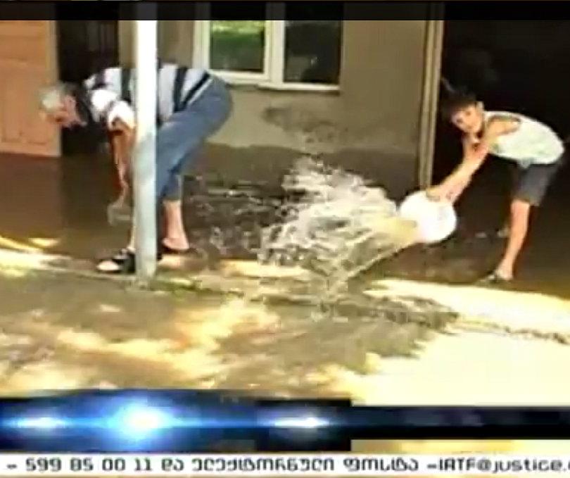 khoni_flood_2013-08-09