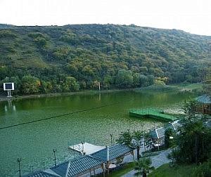 The beach resort Turtle Lake ('Kus Tba')