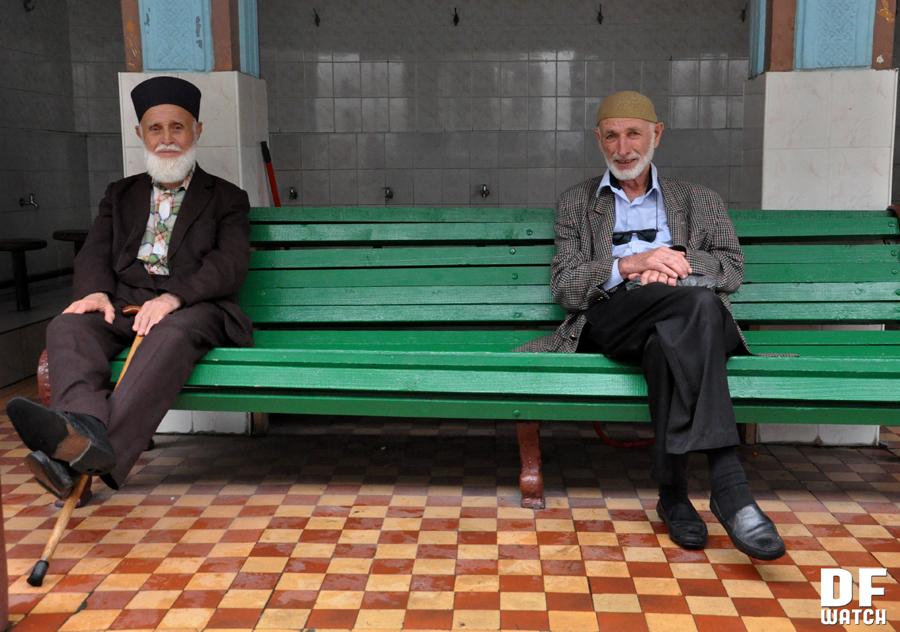 Muslims after Friday Prayer in Batumi (DFWatch Photo)