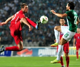 football_match_turkey_georgia_Crop