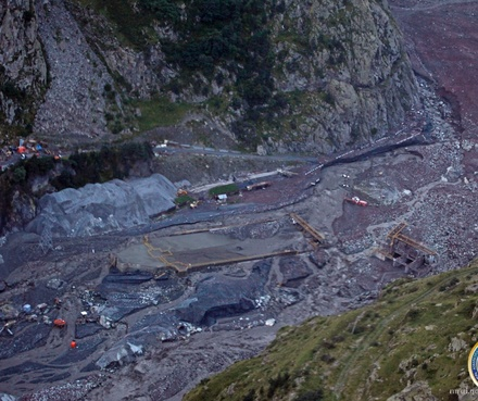 landslide_Dariali_21_August_2014_Crop