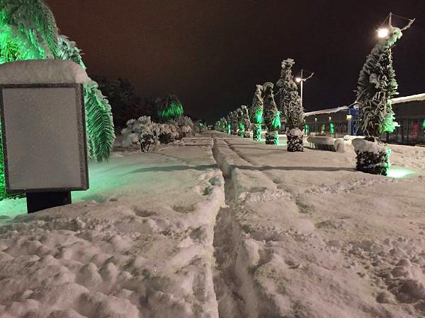 batumi_boulevard_snow