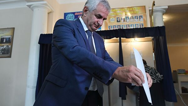 Kremlin linked incumbent likely to be re-elected in breakaway Abkhazia